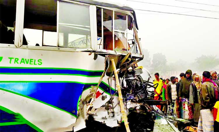 2 killed in Rajshahi road crash