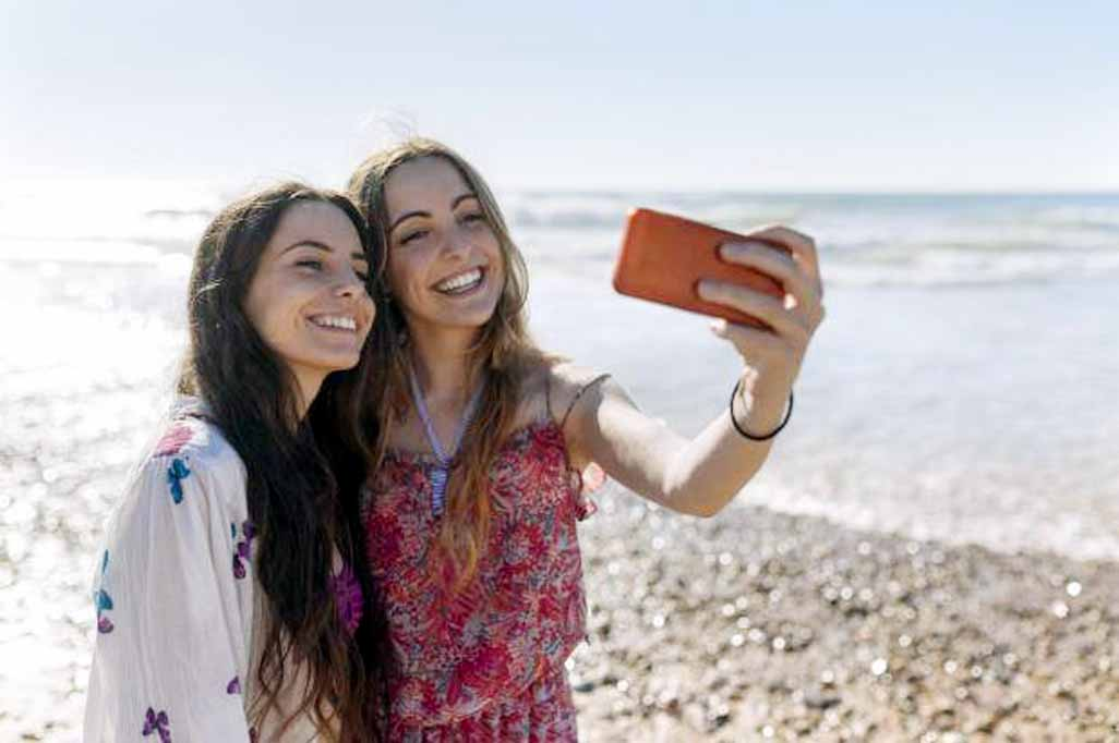 Clicking selfies is a mental disorder!