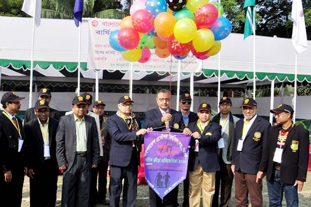 Prof Dr Saiful Islam, Vice-Chancellor, BUET inaugurates BUET Annual Sports Competition-2018 on Thursday at the University play ground. Among others, Prof Dr Satya Prasad Majumder, Director, Directorate of Students' Welfare and Chairman of BUET Athletic Club, Prof Dr Quazi Deen Mohd. Khosru, Advisor BUET Athletics, other advisors of BUET Athletic Club, Provosts and Assistant Provosts of different residential halls and Mr. Maqsudur Rahman, Dy Director, Physical Education Dept and member Secretary of  BUET Athletic Club were present on the occasion.