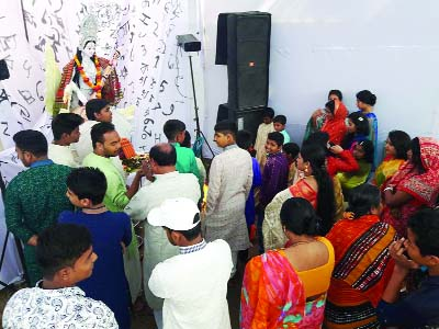 SIRAJDIKHAN(Munshiganj):  People of Hindu Community  observing  Saraswati  Puja at   Sontoshpara  Mandir in Sirajdikhan Upazila yesterday.