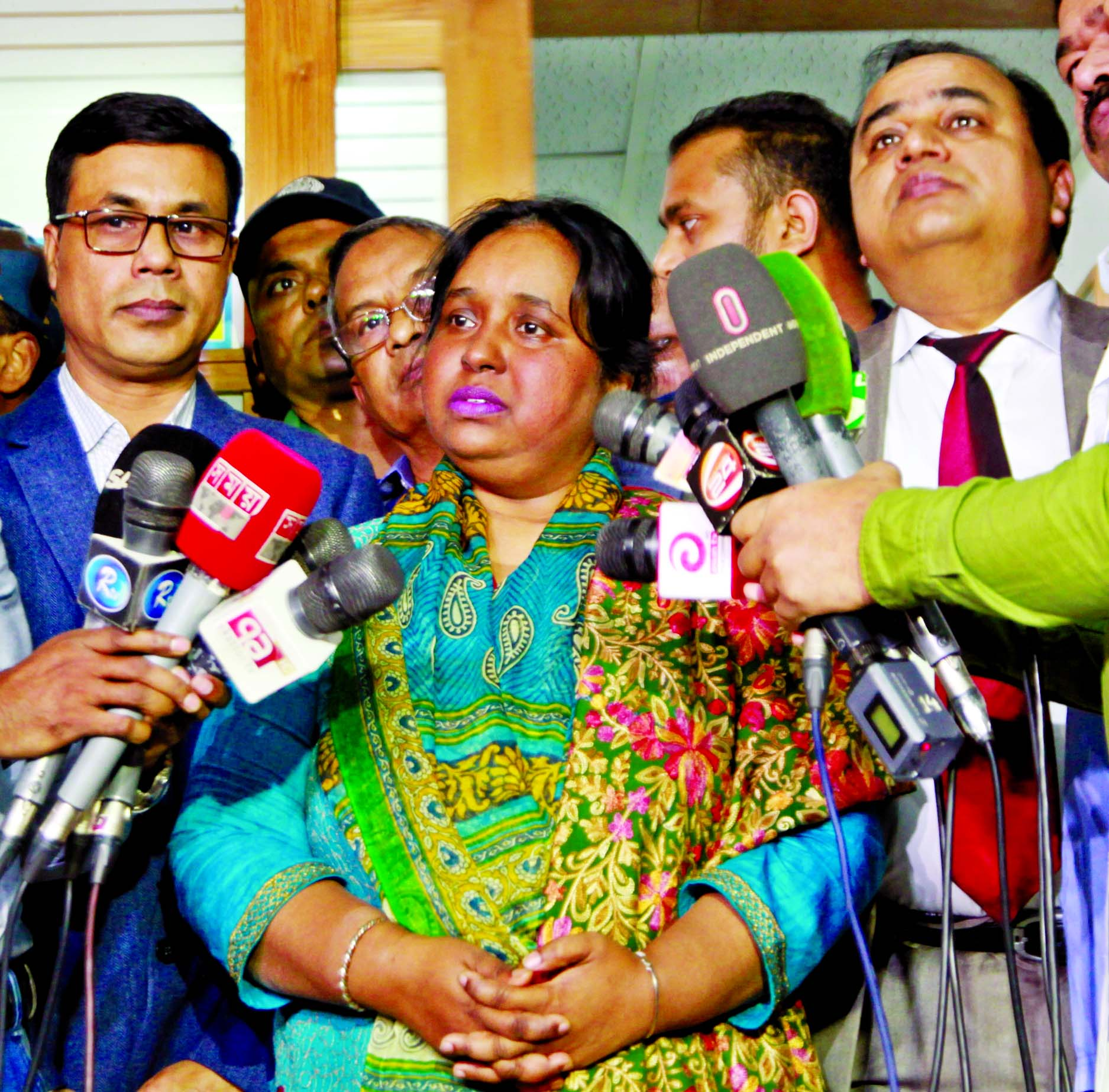 Narayanganj City Corporation Mayor Selina Hayat Ivy speaking at a press briefing after her release from the Labaid Hospital on Tuesday.
