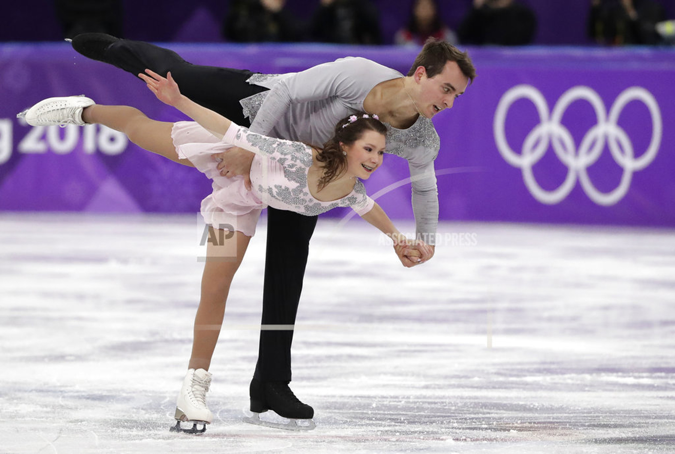 """pairs figure skaters dating How do figure skaters pick their partners  some kind of network that's sort of like an online dating site, but for pairs skaters looking for partners  """"pairs figure skating requires a ."""