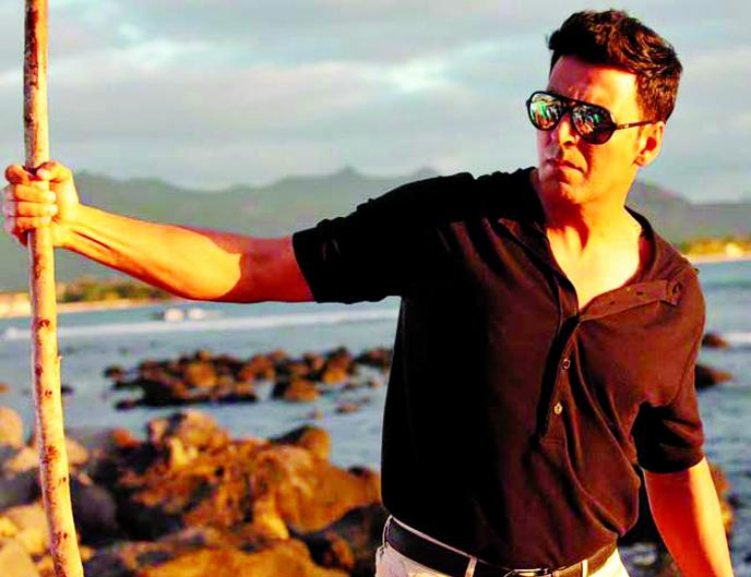Akshay Kumar applauds Tiger Shroff in Baaghi 2 trailer!