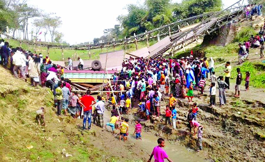 2 die as truck falls from bridge in Sunamganj