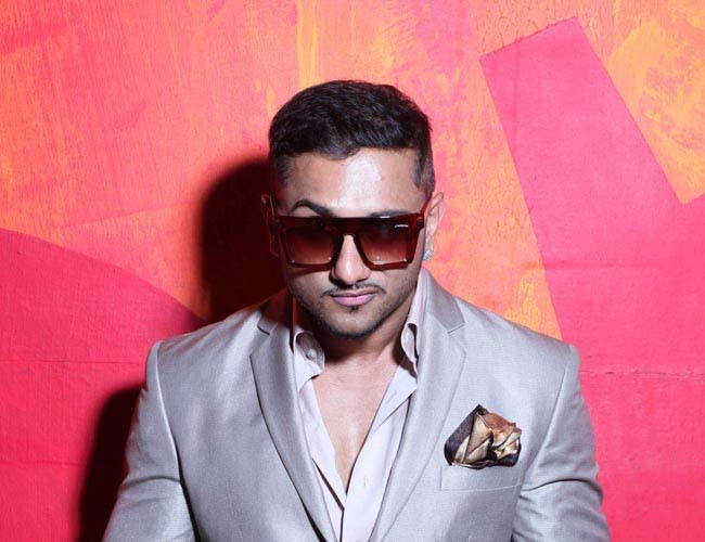 An intimate birthday celebrations for Yo Yo Honey Singh!