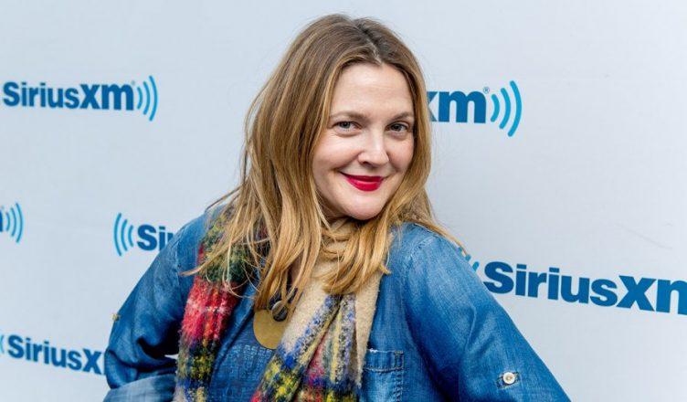 Drew Barrymore recalls flashing David Letterman
