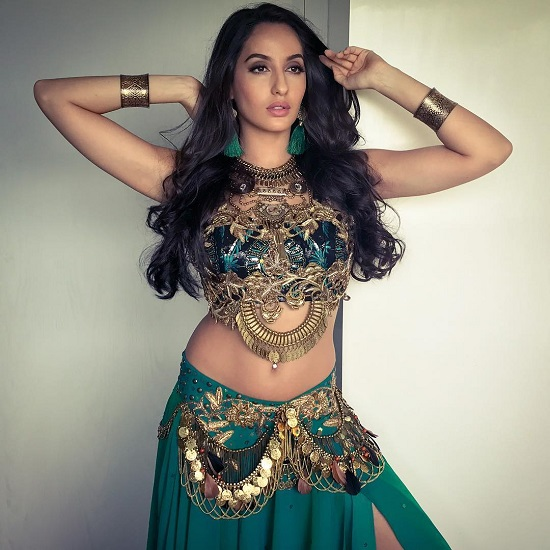 Nora Fatehi`s jaw dropping `impromptu` belly dancing!