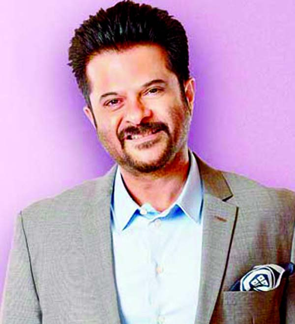 Anil Kapoor applauds Jacqueline Fernandez for Ek do teen!