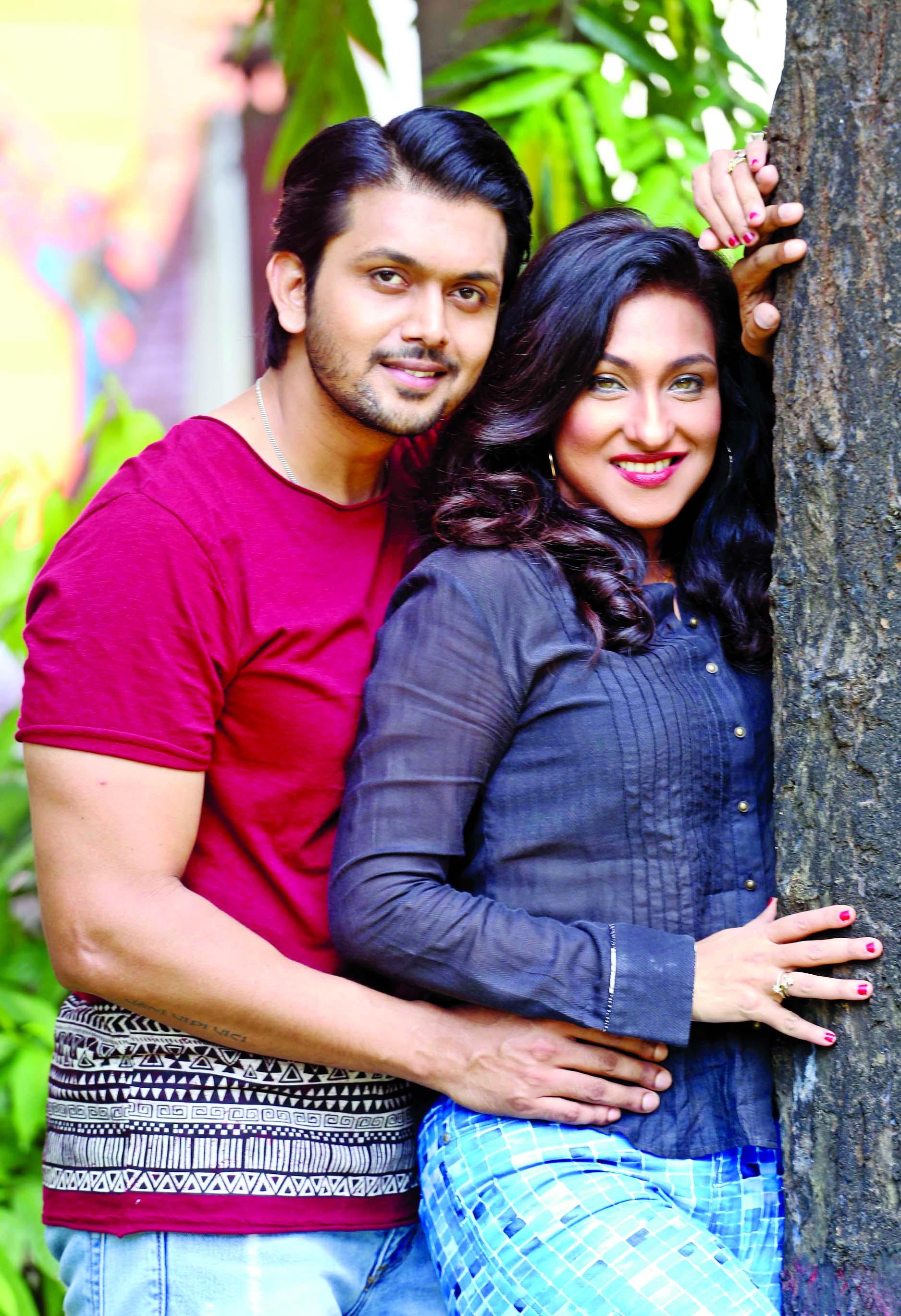 Viewers impressed with Rituparna, Shuvo`s performance