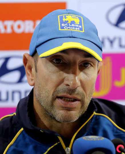 Pothas quits as Sri Lanka fielding coach