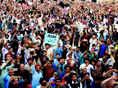 Pakistan Pashtun rights movement grows, defying military