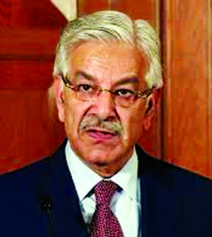 HC disqualifies Pak FM as MP