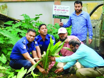 HABIGANJ: Md Moklechhur Rahman, UNO, Madhabpur Upazila inaugurating plantation programme at Adarsha Nimno Maddhomik School premises organised by RDRS Bangladesh recently.