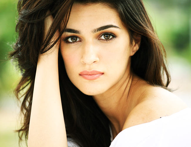 Being an outsider, Kriti Sanon makes a mark in the industry