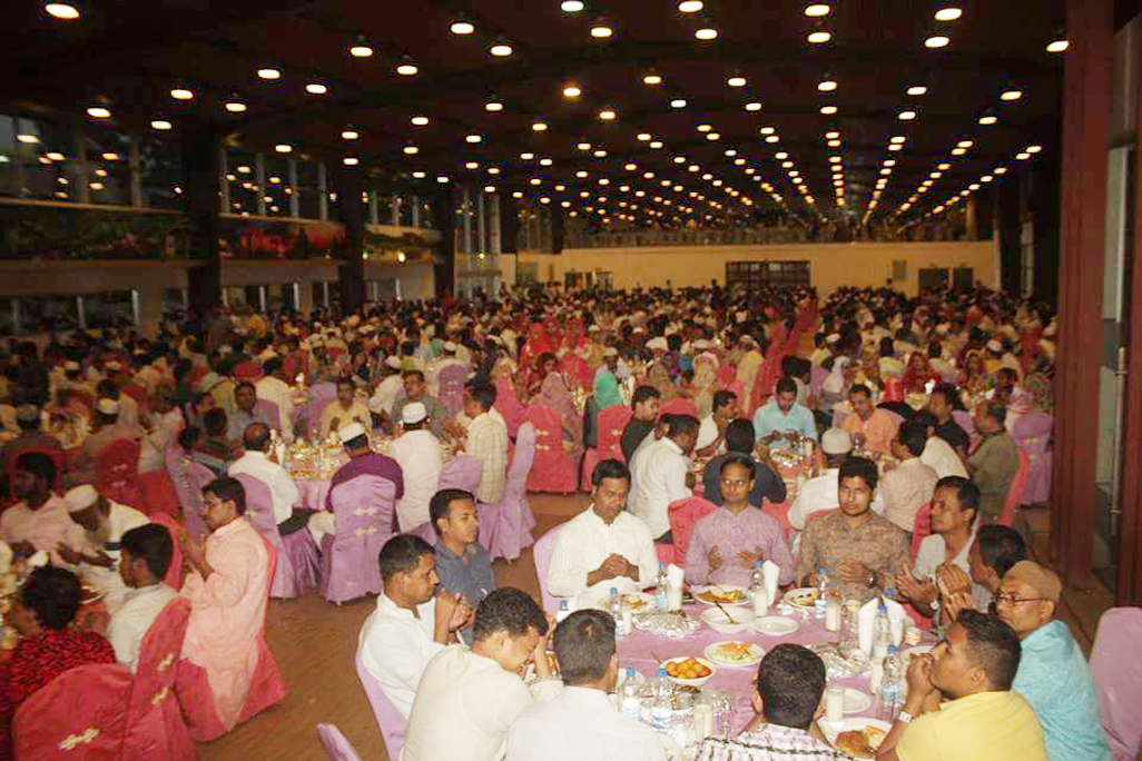 Zilla Parisad Chittagong, arrange an Iftar Mahfil hosted by Mayor Chittagong City Corporation, Chairman of Chittagong  Development Authority (CDA) Abdus Salam and other distinguished guest participate in Hall 24 yesterday.