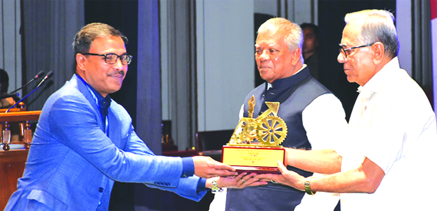 On behalf of Managing Director of BRB Polymer Limited, Md. Parvez Rahman, Director of the company receiving the ''President's Award for Industrial Development-2016'' from the President Md. Abdul Hamid, at Osmani Memorial Auditorium in the city recently in recognition of remarkable contribution in industrialization, manufacturing and creating employment opportunity in private sector in the country.