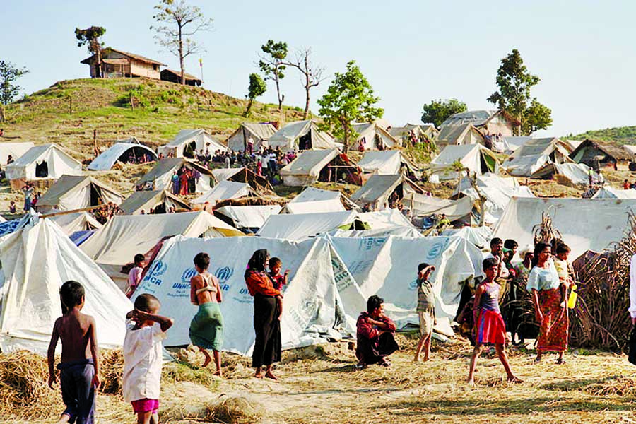 Monsoon may wash out the city of tents Rohingya brace for disasters