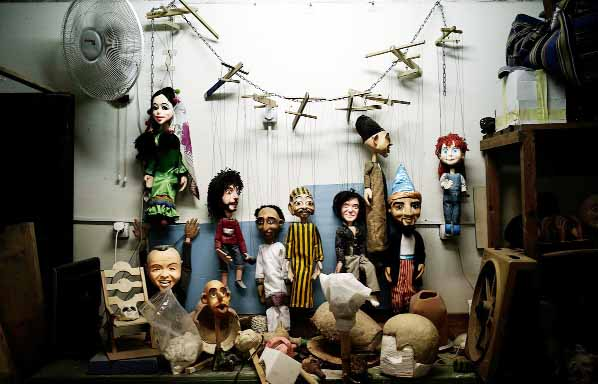 In Egypt, a marionette maker strings together memories