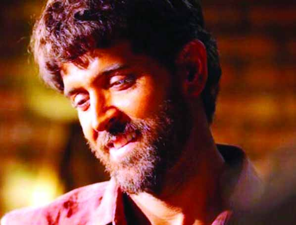 Hrithik to host a bash for 26 students, who cleared IIT-JEE 2018