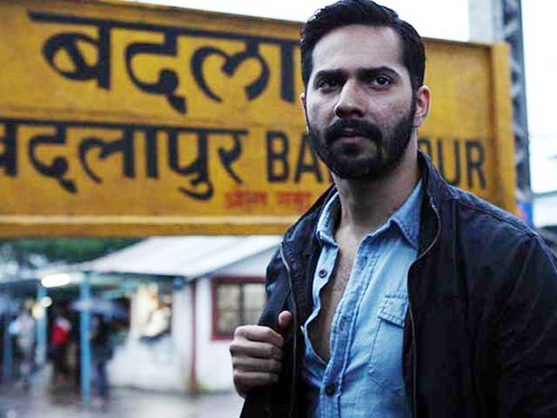 Varun visits  local barber to ace his Sui Dhaaga look