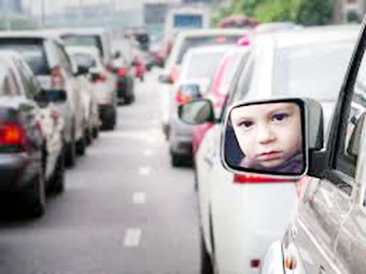 Asthma risk due to traffic-related pollution