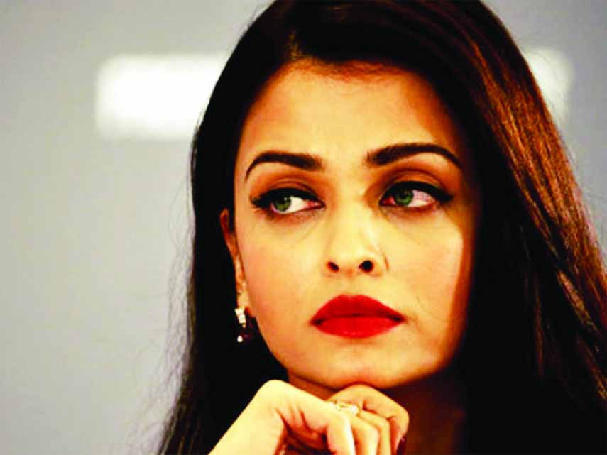 Aishwarya Rai gets song changed in Fanne Khan