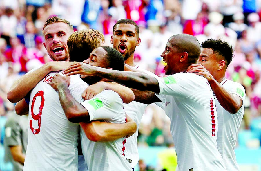 England defeat Panama 6-1