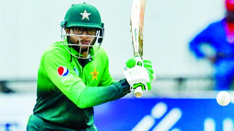 Imam, Shadab star as Pakistan crush Zimbabwe in first ODI
