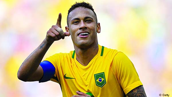 Neymar rules out transfer move, staying at PSG