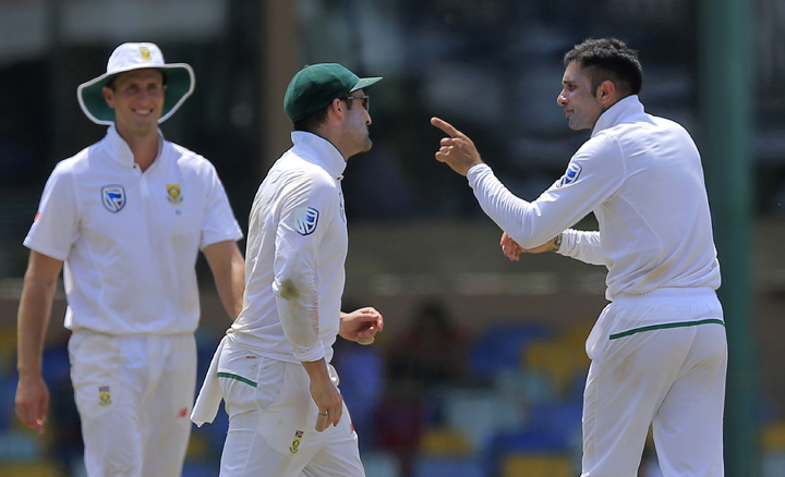 Sri Lanka set South Africa 490 to avoid whitewash