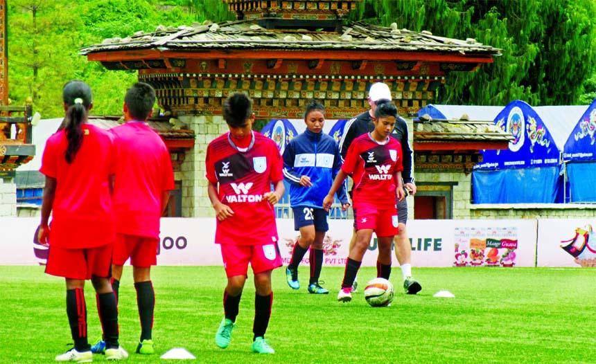 BD U-15 Women prepare to face Bhutan in semi of SAFF U-15 Women's Championship