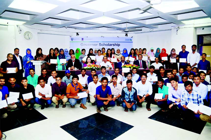 StandChart provides scholarship to DU  meritorious students