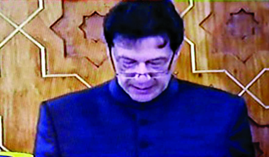 Imran Khan sworn in as Pak PM