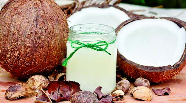 Is coconut oil 'pure poison'?  What the experts have to say