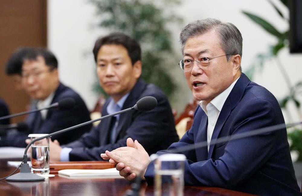 Moon seeks to break nuclear deadlock at Pyongyang summit