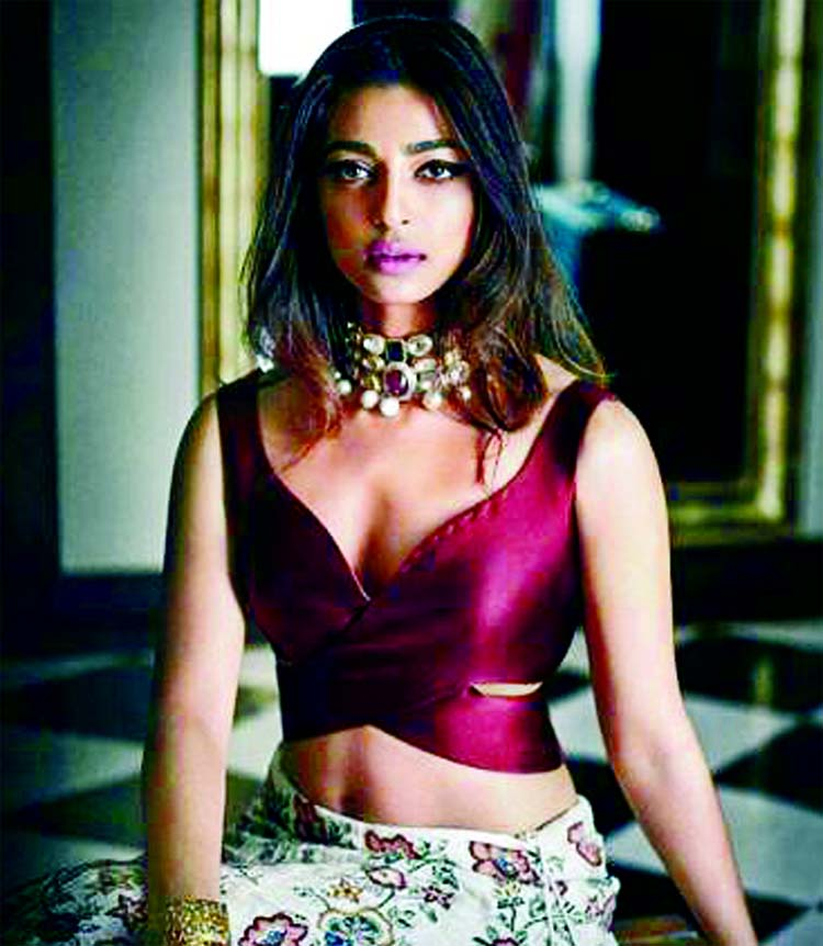 Radhika Apte turns adviser for AndhaDhun director