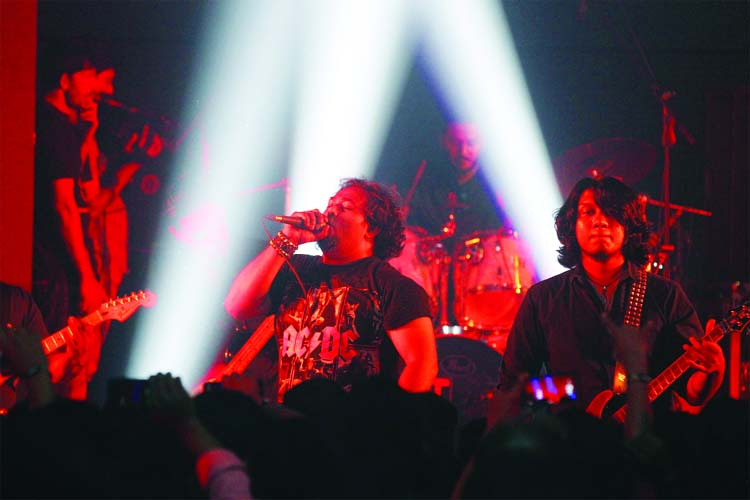Legacy of Rock n' Roll concert rocks Chattogram