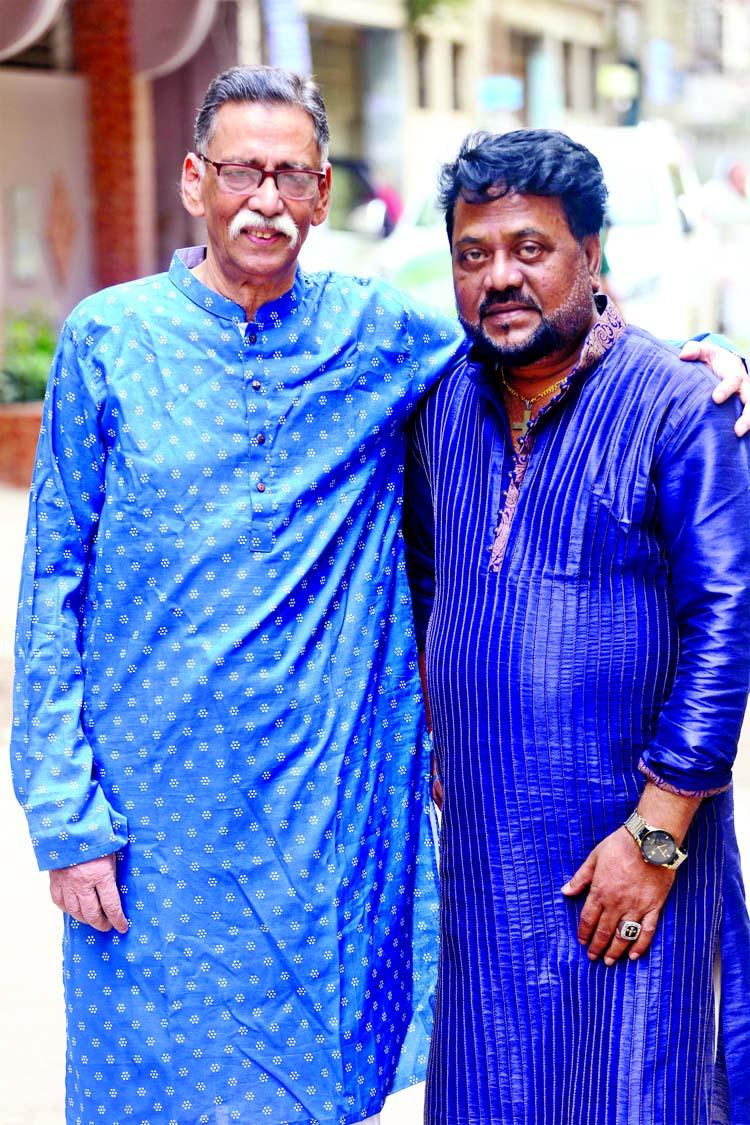 Alam Khan, Andrew Kishore's initiative Aprokashito Syed Haque