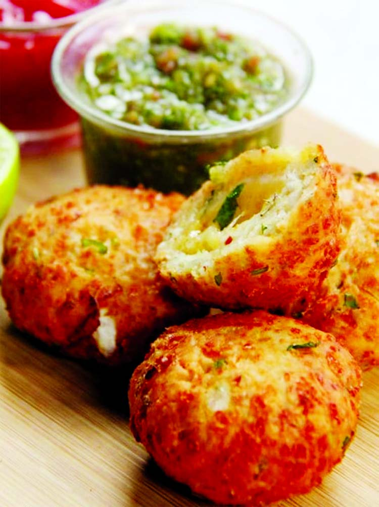 On this World Vegetarian Day, which is being observed on October 1 every year, here are five different recipes for evening snacks that you can make to satiate your taste buds
