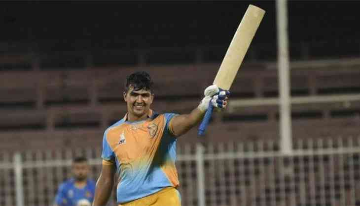 Hazratullah Zazai smashes six 6s in an over in APL