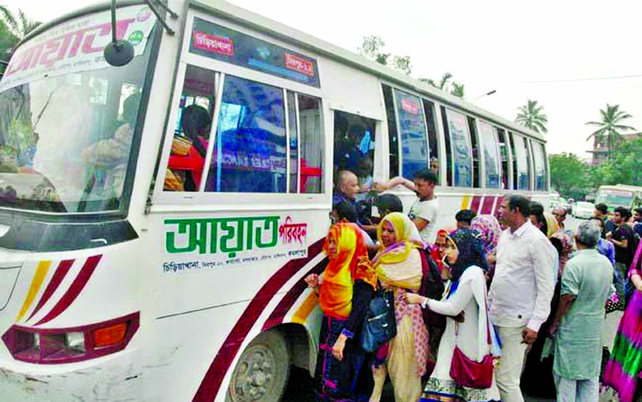 Bus stoppages in city lack space