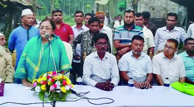 FENI:  General Secretary of Jatiya Samajtantrik Dal (JASAD) Shirin Akter MP speaking at a election campaign in Chhagalnaiya Upazila on Monday.