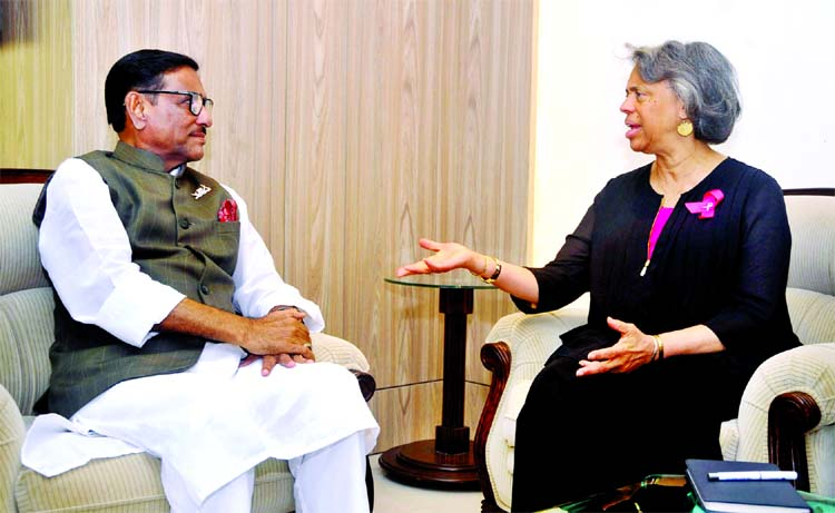 US Ambassador Marcia Bernicat makes a courtesy call on Roads and Bridges Minister Obaidul Quader at Banani's Bridge Bhaban on Thursday.