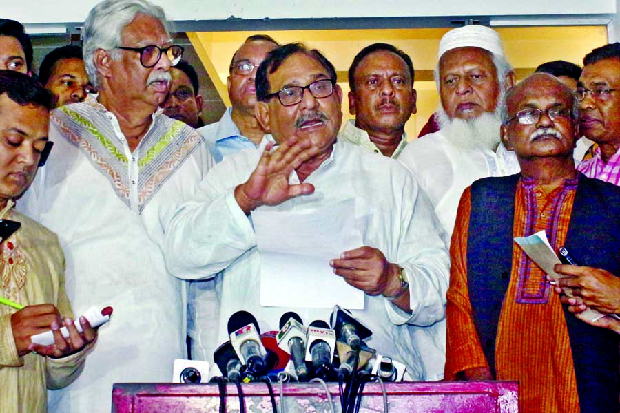 Jatiya Oikya Front leader Mostafa Mohsin Montu briefing the media after a meeting over holding of Sylhet rally at Nagorik Oikya leader Mobarak Hossain's residence in city on Friday.