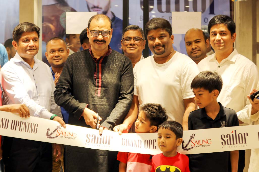 CCC Mayor A J M Nasir Uddin inaugurating fashion show room of  Sailors ,  an enterprise of  Epiliyon Group  at the Port City as Chief Guest on  Saturday.