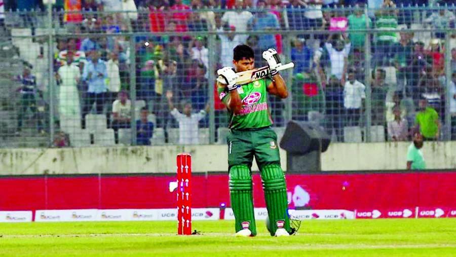Imrul hits ton Bangladesh beat Zimbabwe