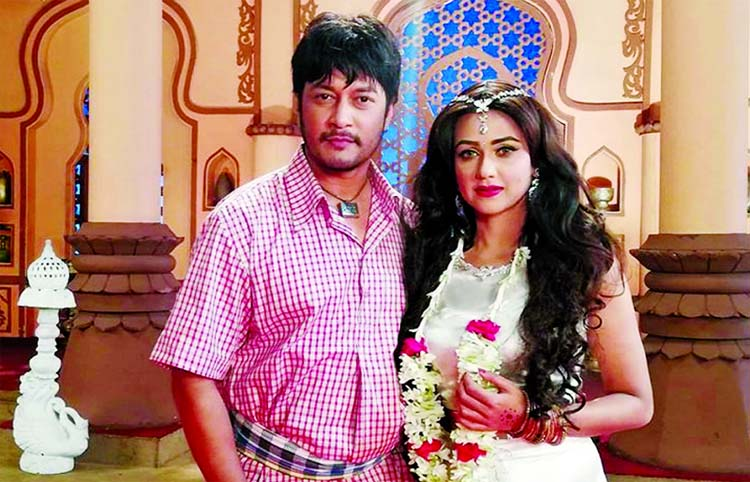 Emon, Airin pair up in movie for first time