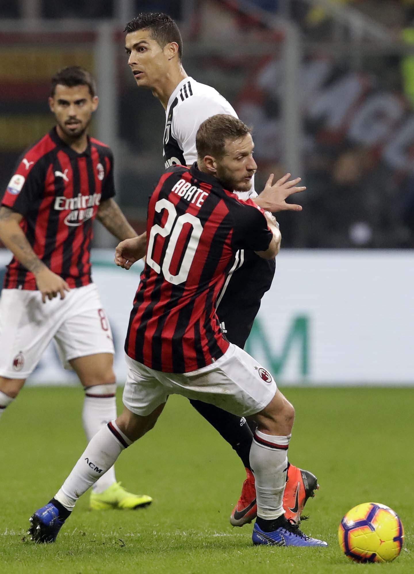 Ronaldo ends San Siro hoodoo as Juventus beat Milan 2-0