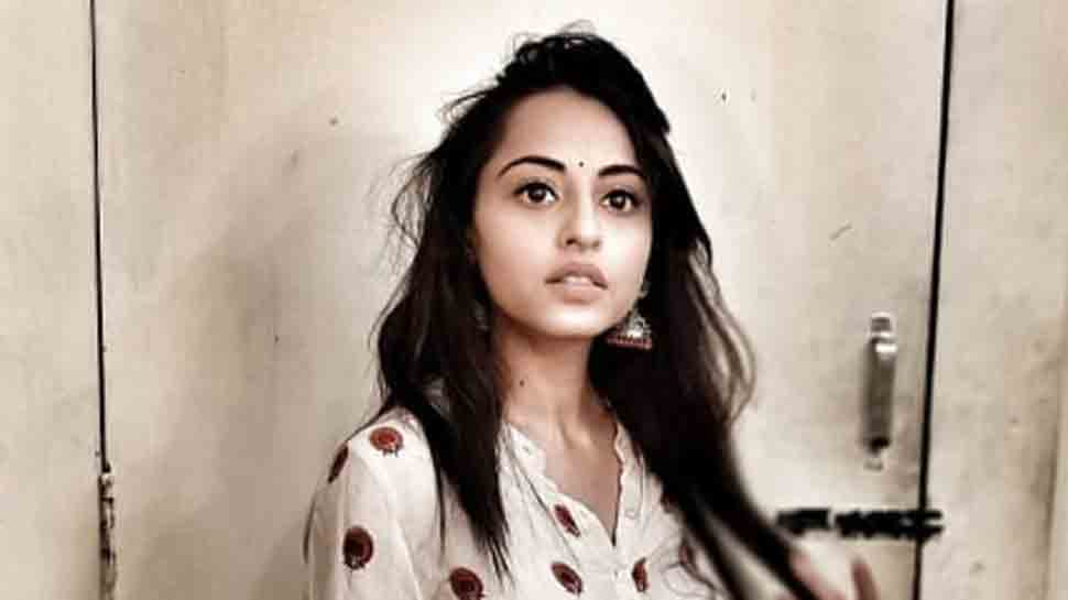Niyati Fatnani plays challenging role in Nazar