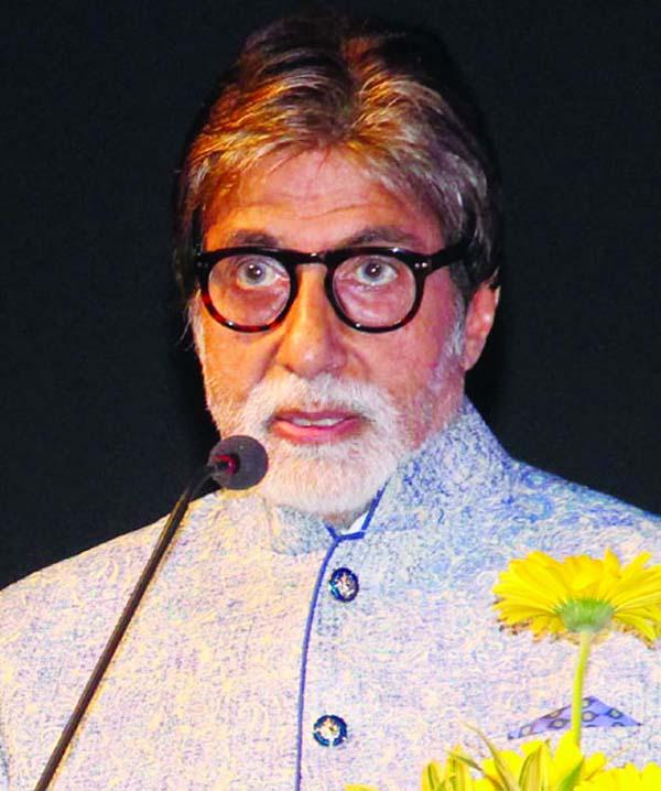 Amitabh Bachchan concludes KBC season 10 finale shoot